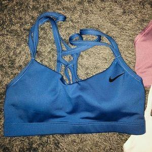 3 NEW Nike cross back sports bras!